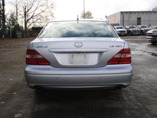 Pre-Owned Used 2004 Lexus LS 430 4D Sedan in Kirkland #40149349